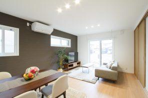 シンプルモダン・完全2世帯住宅の明るい家 ハーバーハウス長岡支店