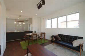 シンプルモダン・鉄骨階段とオープンキッチンの家 ハーバーハウス長岡支店